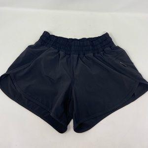 Lululemon Hotty Hot Running Shorts Womens Size 6